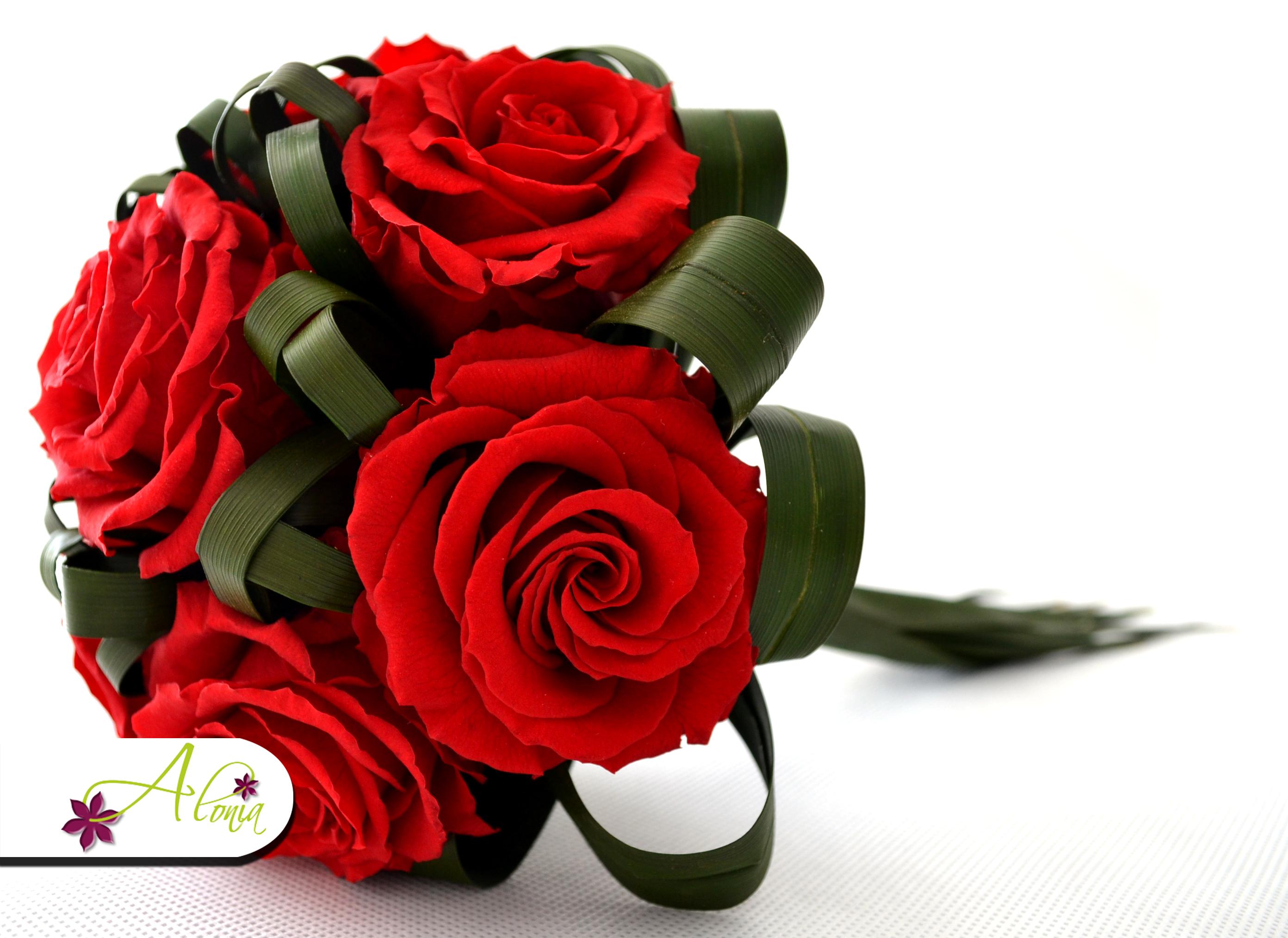 Trvanlivá svadobná kytica zo stabilizovaných kvetov