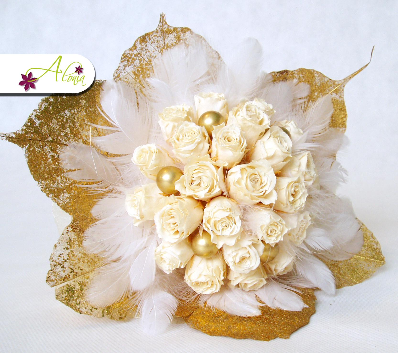 Netradičná svadobná kytica zo stabilizovaných kvetov